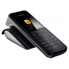 Дополнительная радиотрубка PANASONIC KX-PRWA10RUW - это дополнительная трубка к радиотелефону KX-PRWA20. Модель оснащена большим цветным дисплеем, все кнопки имеют подсветку. Телефонная книга хранит до 500 номеров, определитель номеров АОН/Caller ID